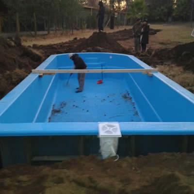 Piscinas de fibra de vidrio m s for Instalacion de piscinas